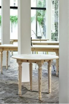 Holztisch - JIJ's Tisch no. 3